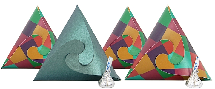 Triangle Shaped Favor and Gift Boxes